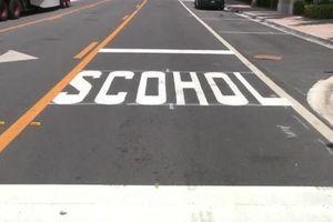 Lỗi chính tả 'school' nhầm thành 'scohol' gần trường học Mỹ gây cười