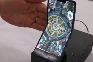 Smartphone gập lại của Sharp có thể gieo sầu cho Galaxy Fold và Mate X?