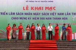 Thanh Hóa: Triển lãm sách thu hút đông đảo người xem