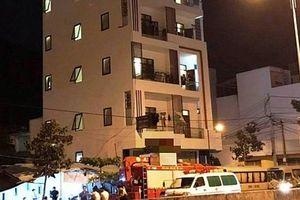 Cảnh sát đột kích khách sạn, phát hiện hàng chục người nghi lừa đảo công nghệ cao