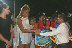Cần Thơ: Khởi tranh giải bóng chuyền bãi biển nữ Châu Á