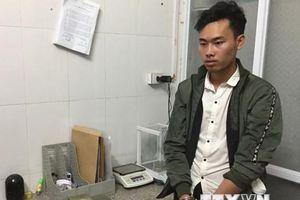 Sơn La: Bắt quả tang đối tượng vận chuyển trái phép 17 bánh heroin
