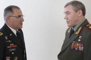 Giữa mối tơ vò, Nga và NATO có bao giờ nghĩ tới cách làm lắng xuống căng thẳng?