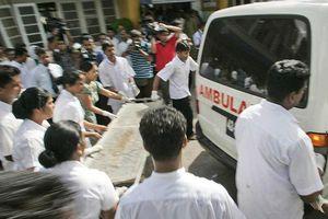 Nổ tại hàng loạt nhà thờ, khách sạn ở Sri Lanka, 160 người chết