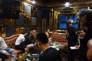 Đột kích ổ ma túy mại dâm ở quán karaoke, tạm giữ gần 50 đối tượng