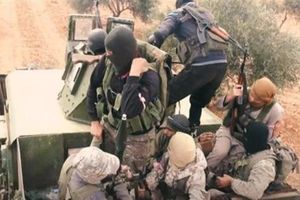 IS, HTS đồng loạt phản công, SAA lâm thế bí