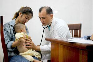 Khám sàng lọc tim bẩm sinh cho hơn 1.500 trẻ
