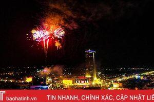 Rực rỡ màn pháo hoa mừng TP Hà Tĩnh được công nhận đô thị loại II
