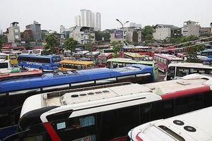 Hàng trăm nhà xe bỏ bến ở Hà Nội: Lỗi tại xe sang Limousine hay 'chạy dù'?