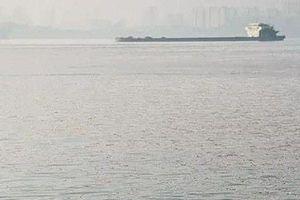 CEO giàu có Trung Quốc 11 năm bơi sông đi làm chữa tiểu đường