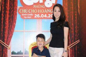 Con trai đã lớn phổng thế này mà MC Thụy Vân vẫn trẻ trung như thuở mới lấy chồng