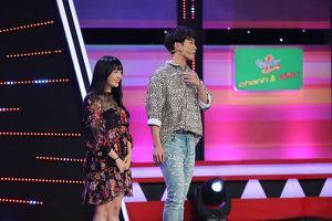Hari Won lo cho khả năng tiếng Việt của em gái út khi tham gia gameshow truyền hình