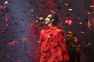 Choáng ngợp vì thời trang cực chất của Ngô Diệc Phàm trong đêm concert đầu tiên