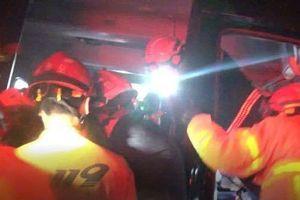 Boygroup tân binh của Kpop gặp tai nạn xe nghiêm trọng: Quản lí tử vong và 4 thành viên bị thương nặng