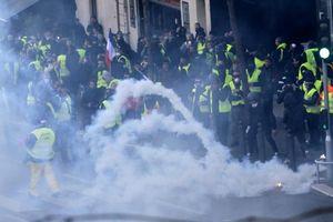 Pháp tiếp tục chìm trong lần biểu tình thứ 23, hơn 200 người bị bắt