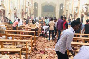 Khung cảnh tan hoang ở Sri Lanka sau 8 vụ đánh bom liên hoàn khiến hàng trăm người chết
