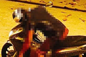 Sau ẩu đả, người đàn ông bị đâm gục chết trên xe máy