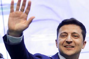 Diễn viên hài thắng áp đảo ở vòng hai bầu cử tổng thống Ukraine