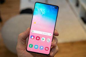 4 Smartphone Samsung đáng mua nhất tháng 4