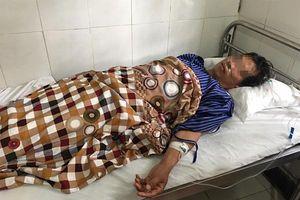 Lạng Sơn: Uống rượu ngâm cây thuốc phiện 1 người tử vong, 1 người nguy kịch