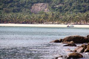 Du khách Hà Nội đột quỵ, tử vong khi tắm biển ở Cù Lao Chàm