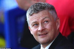 Thua tệ hại Everton, HLV Ole Solskjaer xin lỗi CĐV M.U