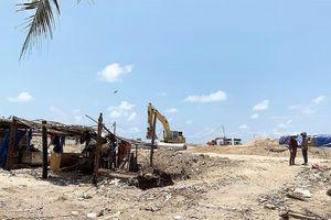 Dự án Queen Pearl Marina Complex: Dân khóc vì chưa bồi thường, hỗ trợ di dời