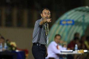 HAGL thi đấu bết bát, HLV Dương Minh Ninh từ chức, trợ lý Park Hang-seo thế chỗ