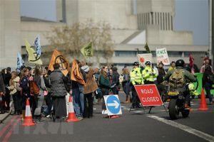 Anh: Người biểu tình chống biến đổi khí hậu hối thúc đối thoại