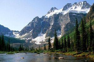 Tuyết lở Canada: Xác của 3 nhà leo núi được tìm thấy