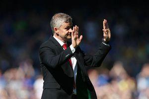 Thảm bại trước Everton, Solskjaer xoa dịu được CĐV M.U nhờ hành động này