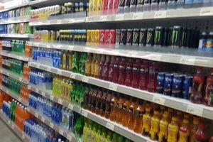 Hoang mang vì dòng chữ 'không được xuất khẩu' trên lon Coca Cola