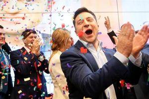 Diễn viên hài Volodymyr Zelensky giành chiến thắng trong cuộc bầu cử tổng thống Ukraine