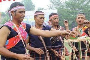 Nhiều lễ hội truyền thống sẽ được tổ chức tại 'Ngôi nhà chung' nhân dịp lễ 30/4 và 1/5