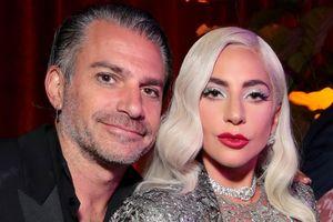 8 cuộc chia tay người tình gây tiếc nuối của sao Hollywood 4 tháng qua