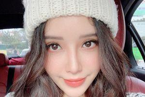 'Soi' cận cảnh nhan sắc xinh đẹp của em gái Mai Phương Thúy