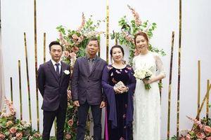 Vbiz chuẩn bị chào đón 3 đám cưới hoành tráng của sao Việt