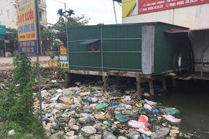 Hàng loạt công trình lấn chiếm dòng kênh: Chủ tịch huyện Ninh Giang 'lực bất tòng tâm'?