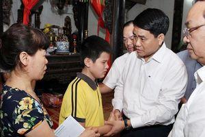Chủ tịch UBND TP Hà Nội chỉ đạo giải quyết tai nạn liên hoàn đường Láng