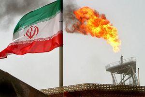 Mỹ thắt chặt nguồn cung dầu từ Iran, dự kiến giá dầu thô tăng mạnh