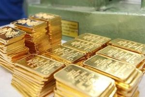 Giá vàng hôm nay 23/4: Vàng, USD cùng giảm