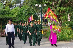 BĐBP Nghệ An dâng hương báo công với Bác nhân kỷ niệm 60 năm ngày truyền thống
