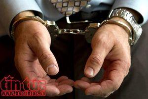 Bắt cán bộ quản giáo cho nghi phạm 'thuê điện thoại' rồi thu phí 1 triệu đồng/cuộc gọi
