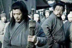 Lý do Hàn Tín chịu nhục chui háng mà không giết tên vô lại