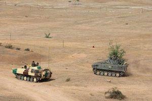 Hiếm hoi: Quân đội Singapore được tập trận với siêu tăng T-90S