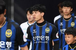 'Công Phượng là gã khùng giống Son Heung-min'