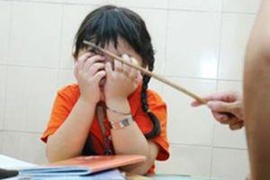 Cô giáo bị tố đánh bầm tím học sinh lớp 4