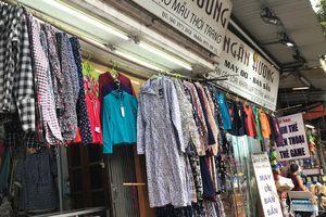 Nhiệt độ tăng cao, thị trường đồ chống nắng sôi động