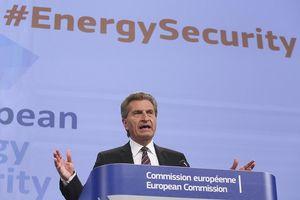 An ninh khí đốt châu Âu: Run rẩy vì phụ thuộc vào Nga và Mỹ