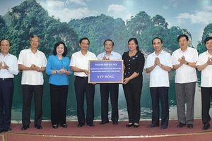 Đoàn công tác TP Hà Nội thăm, làm việc tại tỉnh Tuyên Quang